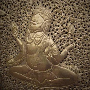 Hindu wall plate