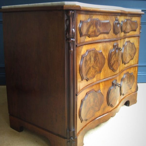 Serpentine chest of drawers