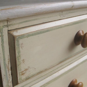 drawers to painted Victorian chest of drawers
