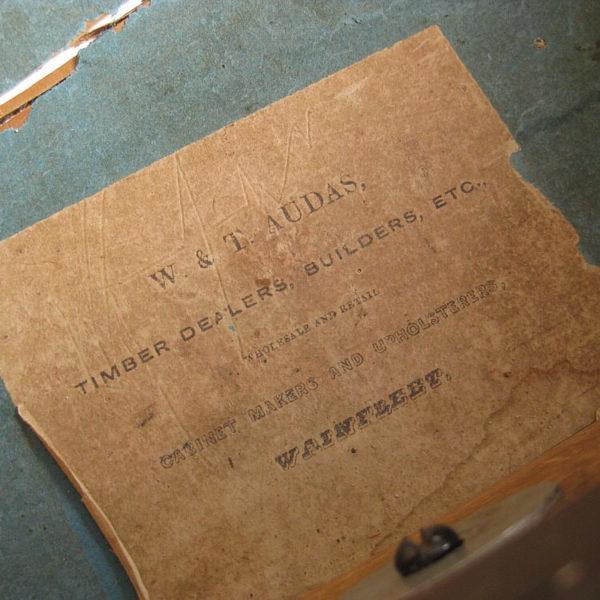 antique makers label