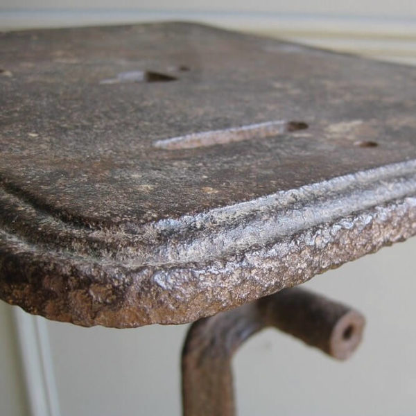 Cast iron machinists table